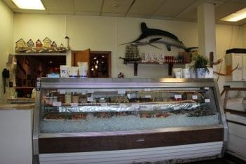 Cap'n Cat Clam Bar Fresh Fish Selection in Voorhees NJ