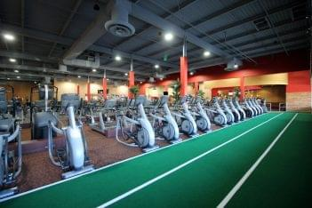 Club Metro USA Old Bridge Township, NJ Browntown Gym treadmills track