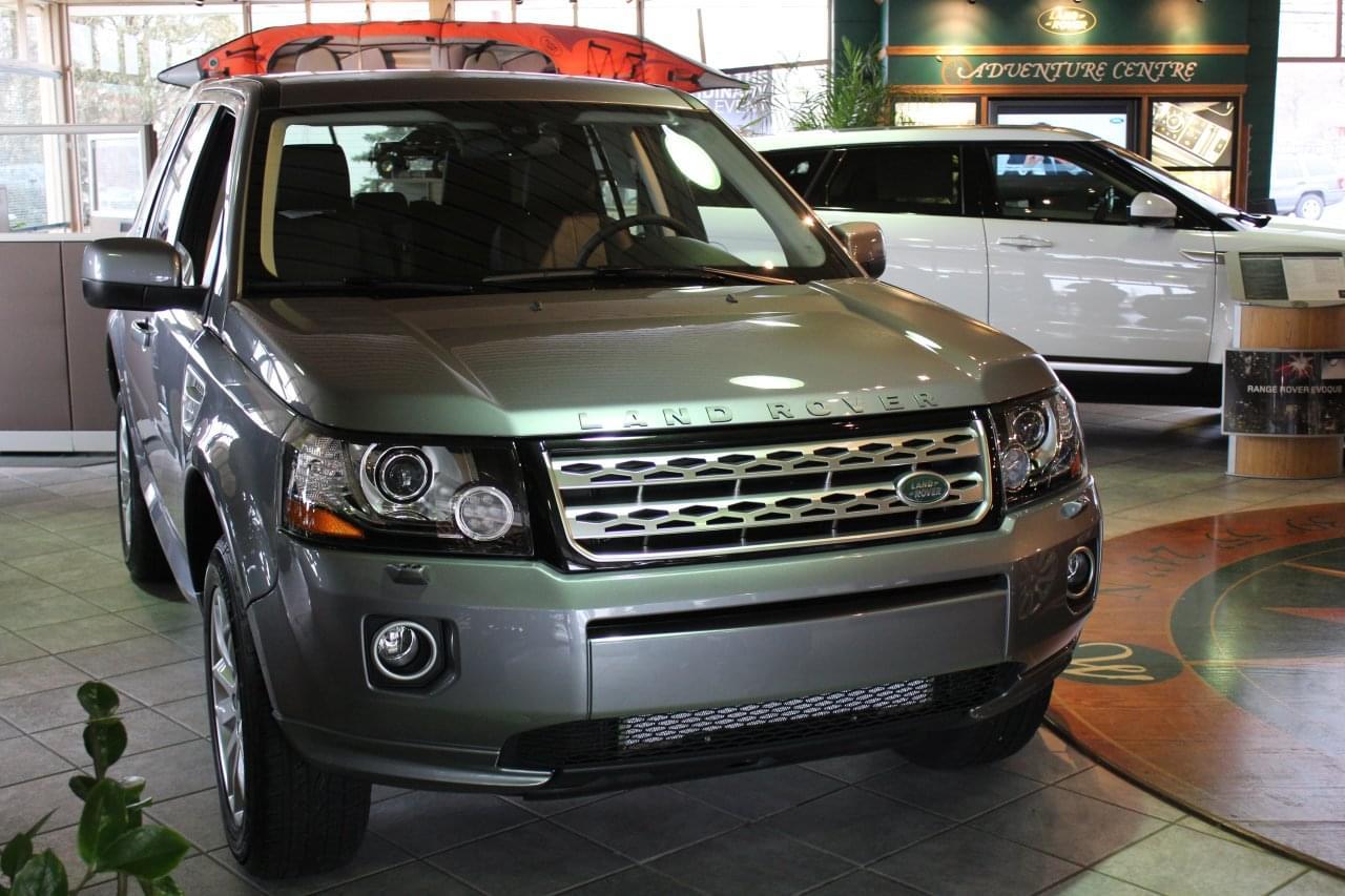Land Rover SeeInside Car Dealership Cherry Hill NJ Google - Range rover dealer nj