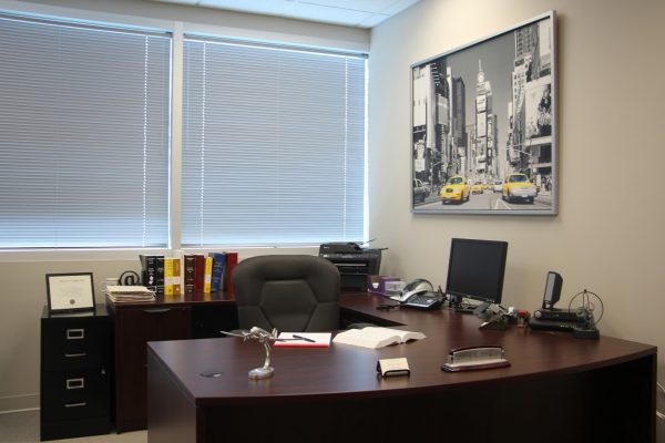 desk Steven A Traub, Esq. Attorney at Law Lawyer, Cherry Hill, NJ