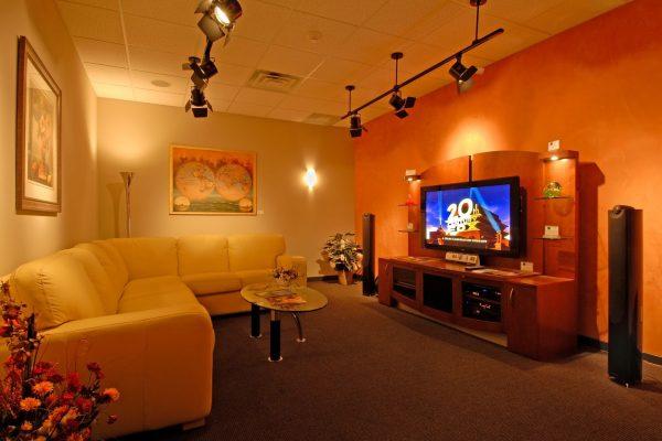 Hi-Fi Sales Showroom 003
