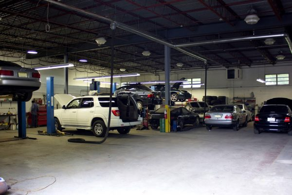 auto garage of I Service Imports LLC Car Repair Shop, Cherry Hill, NJ