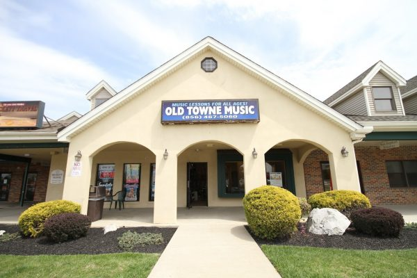 front exterior of Old Towne Music Instrument & Lessons, Swedesboro, NJ