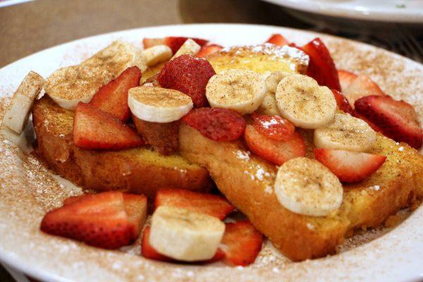 fruit toppings on french toast Maurice River Diner Port Elizabeth, NJ