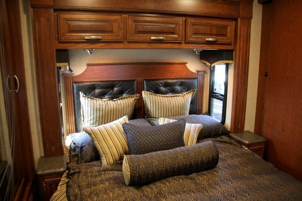 bed in Recreational Vehicles at Dylans RV Center in Sewell, NJ