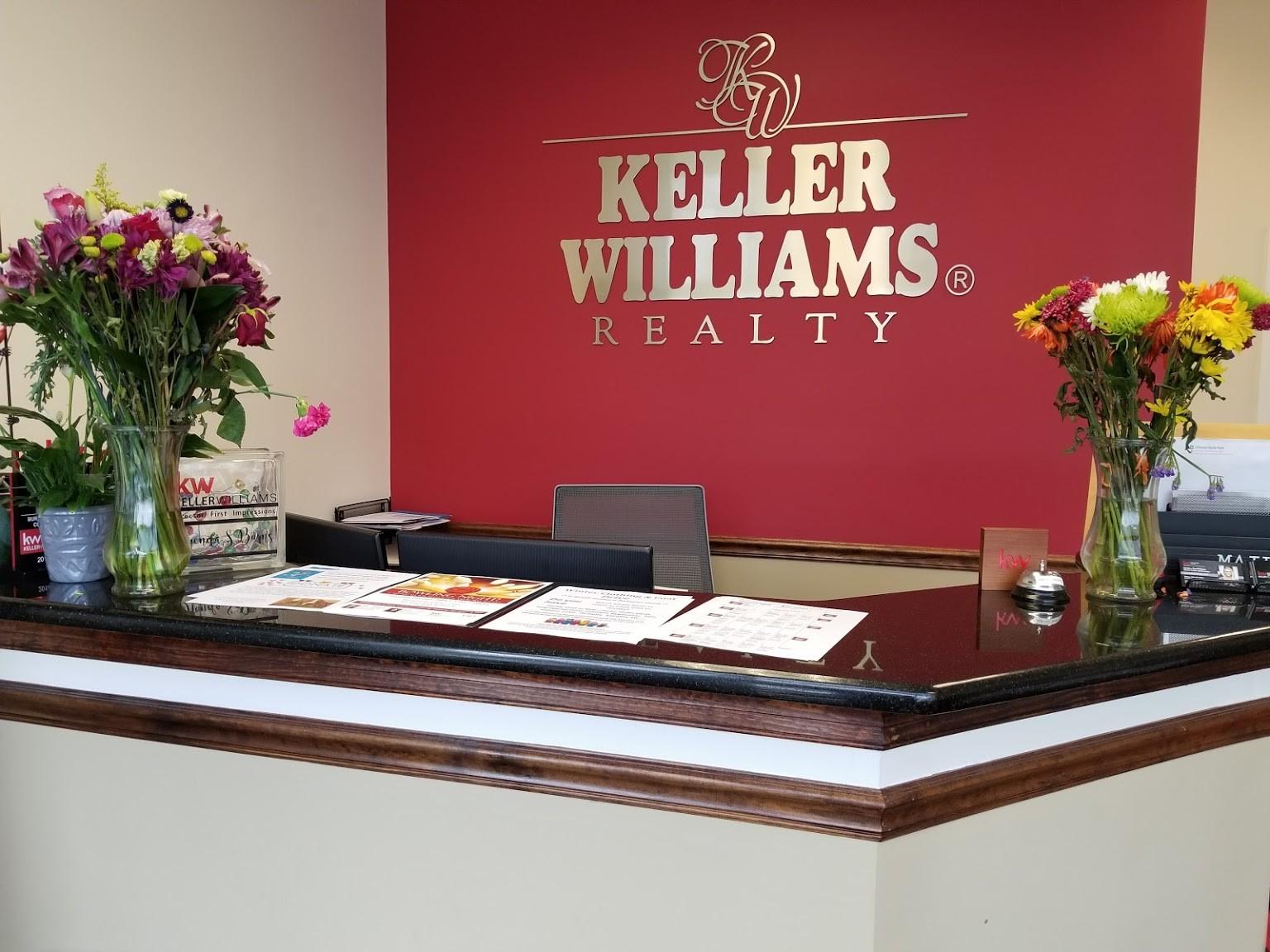 front desk of KW Top Team Keller Williams Realty in Medford, NJ