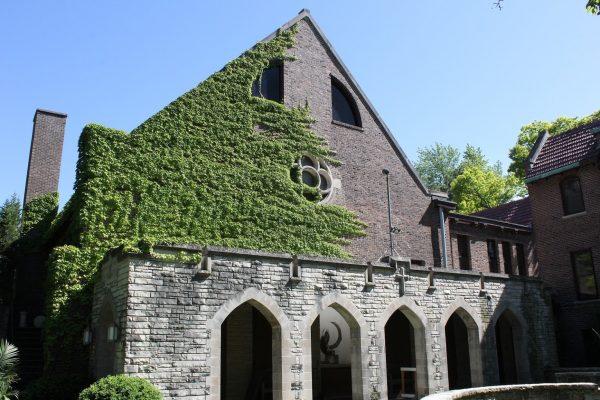 ivy on exterior wall of Glencoe Union Church – Glencoe, IL