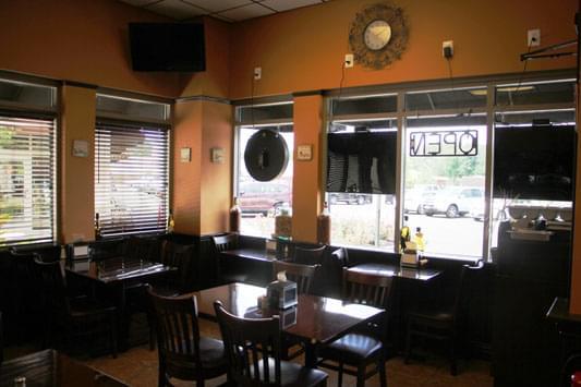 Piccolissimo Italian Grille Columbus NJ pizzaria