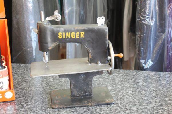 York Street Cleaners Philadelphia PA singer sewing machine