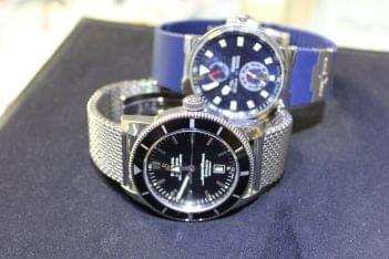 International Gold Watches