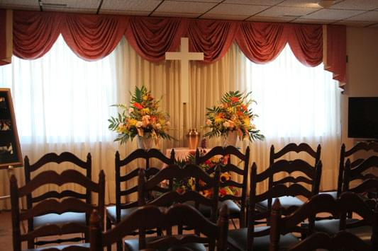 Murray-Paradee Funeral Home Cherry Hill NJ urn viewing