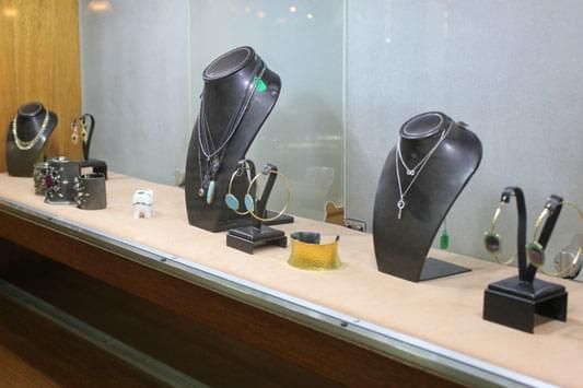 Prestige Jewelers & Sons San Patricio Guaynabo Puerto Rico display