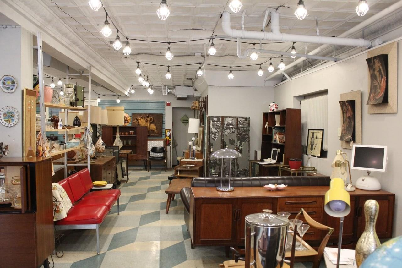Dig This See Inside Specialty Furniture Store