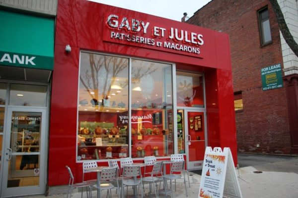 Gaby et Jules macaron Pittsburgh PA store front entrance