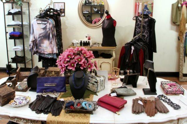 Lauren & Michelle LLC Cherry Hill  NJ boutique shop merchandise clothes top gloves necklace