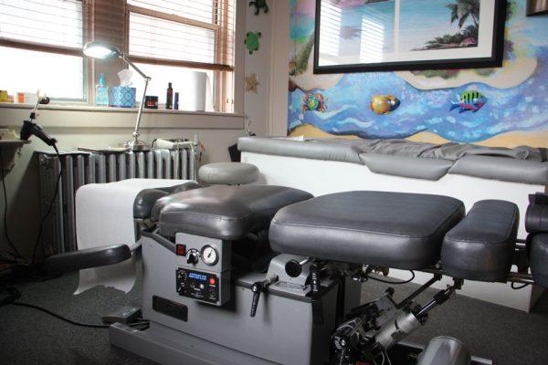 Advanced Chiropractic and Wellness Center Pennsauken Township NJ Neil Liebman adjusting table bench