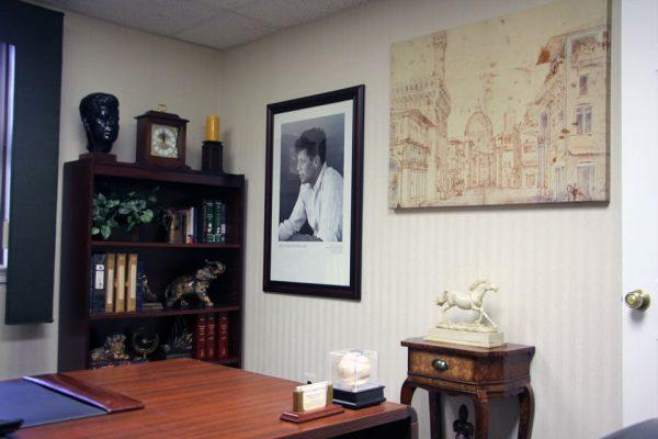 Gigliotti & Lehrfeld LLC Cherry Hill NJ JFK bust print law office desk
