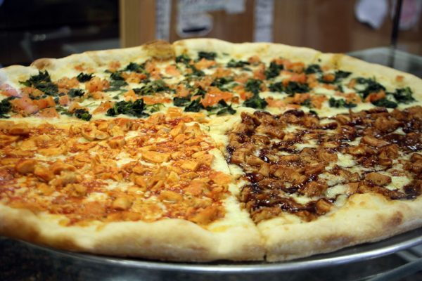 Tuscan Pizza Turnersville Sicklerville NJ pizzeria barbeque buffalo chicken topping spinich tomato