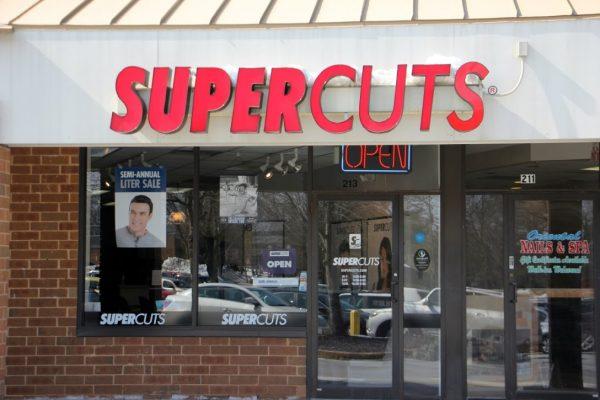 Supercuts Evesham NJ store front sign