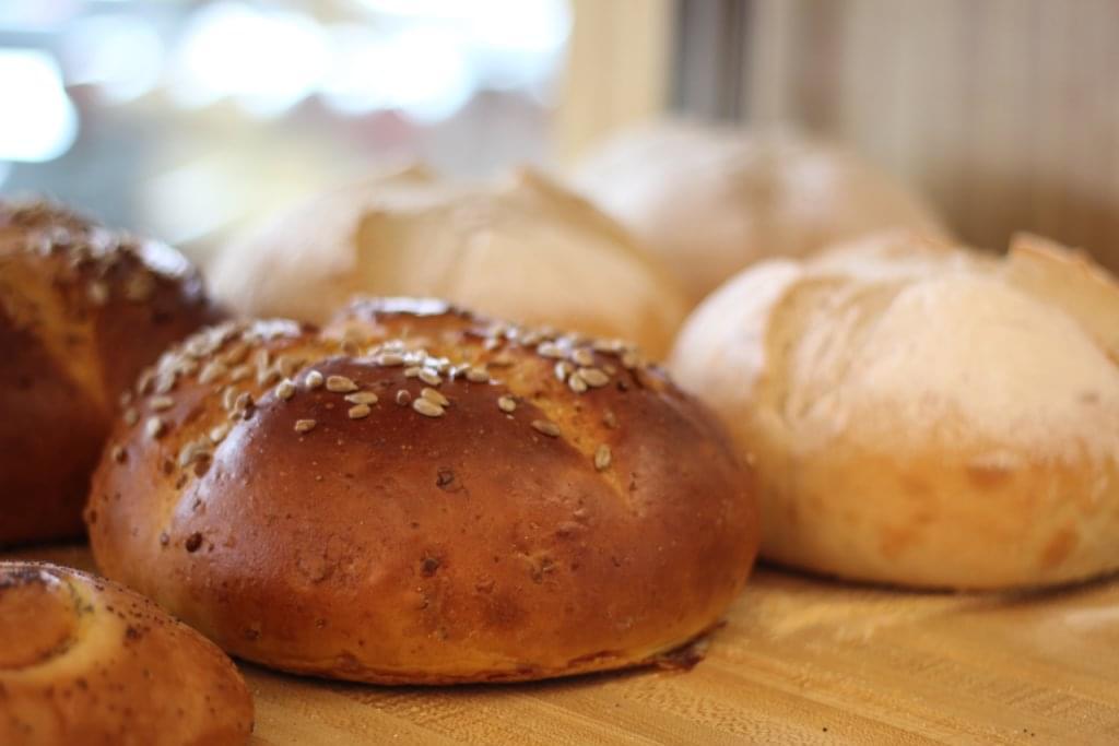 Bread & Bagels Cherry Hill NJ sesame bun