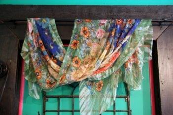 Hannah of Princeton NJ hanging scarf
