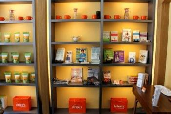 Arlee's Raw Blends Princeton NJ organic juices shelves