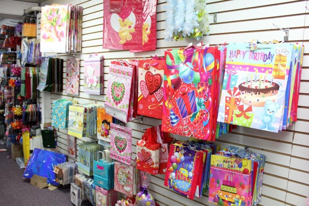 Dollar Store Palmyra NJ Palmyra Dollar Plus Mart gift bags