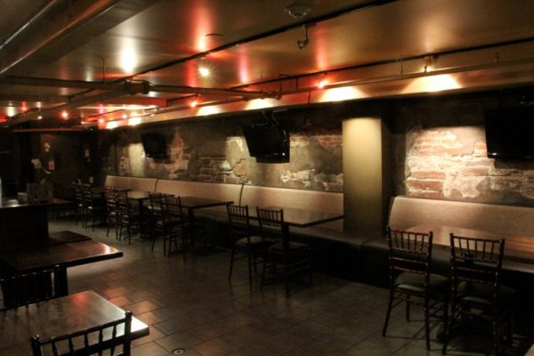 George Street Ale House New Brunswick NJ dining tables