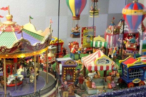 Ice Cream Parlour Cherry Hill NJ carnival fair ground miniture carousel ballon ride