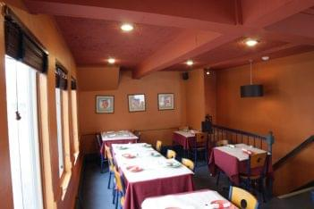 Kabob and Curry Providence RI Indian Restaurant table seating