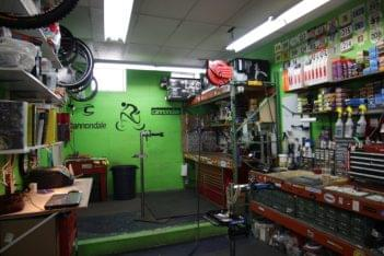 Newport Bicycle Newport RI bike repair shop