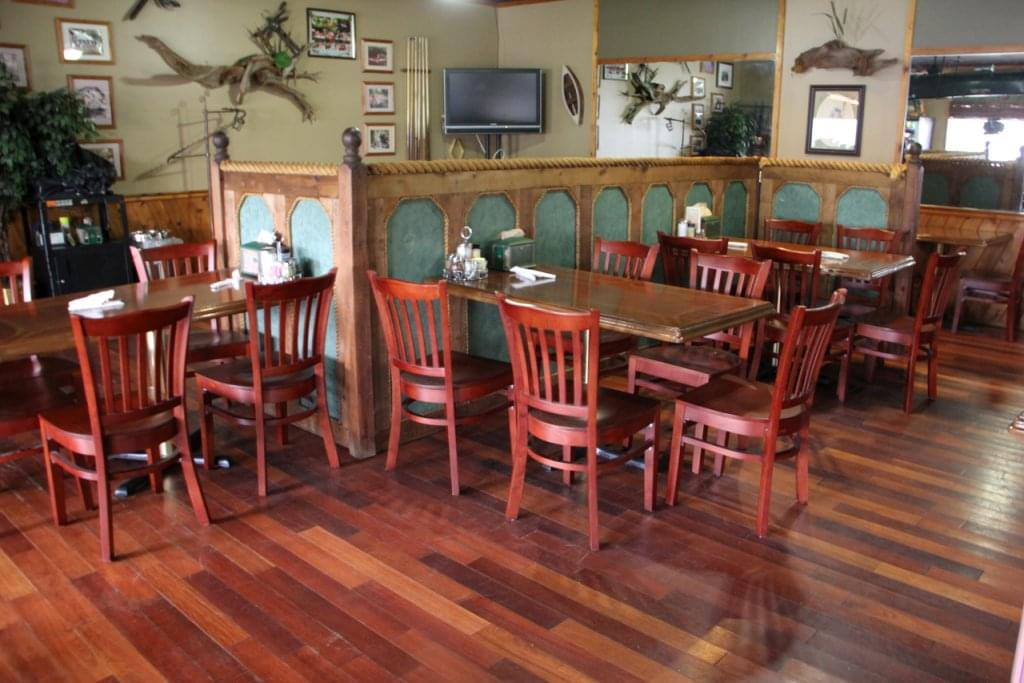 Palace Restaurant & Outfitters Mays Landing NJ table seating
