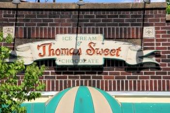 Thomas Sweet Ice Cream New Brunswick NJ sign