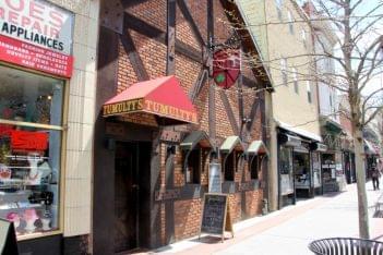 Tumulty's Pub New Brunswick NJ restaurant bar store front
