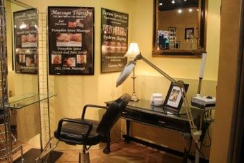 Valdamier's Salon Belmar NJ eyebrow shaping station