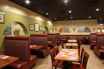 Vetrano's Italian Restaurant Westerly RI booths tables
