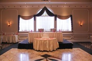 Jacques Exclusive Caterer & Reception Center Middletown NJ bride groom table