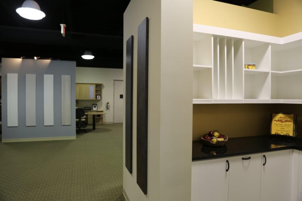 California closets see inside interior design hawthorne for Interior design 08003