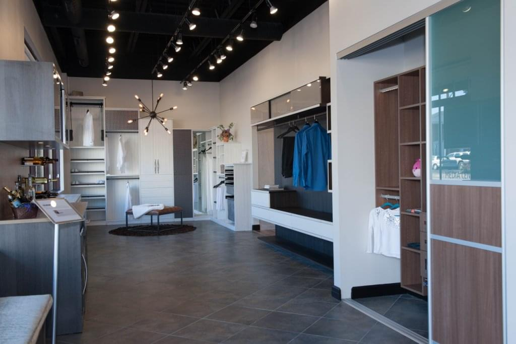 california closets see inside interior design indianapolis in google business view. Black Bedroom Furniture Sets. Home Design Ideas