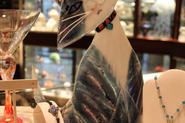 Fire & Ice Philadelphia PA Jewelery cat tilt head