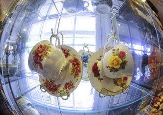 Through The Looking Glass Absecon NJ tea cups