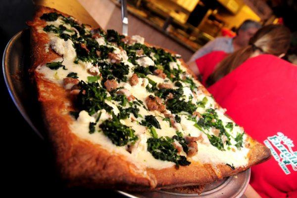 Villa Fazzolari Buena NJ Italian Restaurant pizza