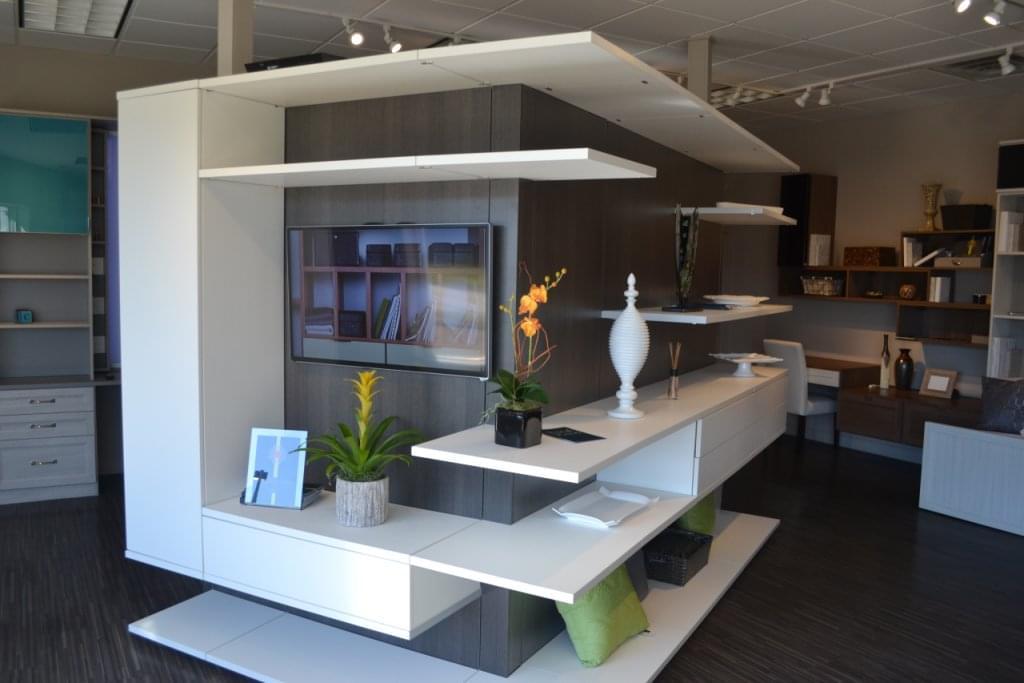 California closets see inside interior design woodmere for Interior design 08003
