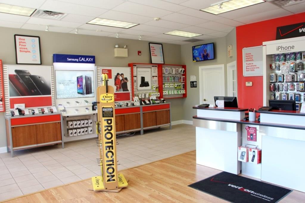 CVM Verizon Wireless – See-Inside Cell Phone Store, Medford, NJ