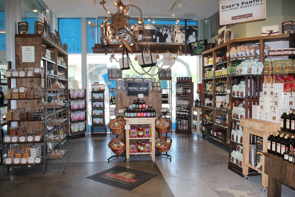 Di Bruno Bros. – See-Inside Grocery Store, Ardmore, PA