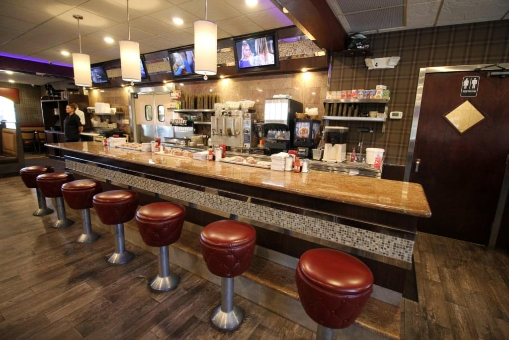 Black Horse Diner, Mt Ephraim NJ – See-Inside Restaurant