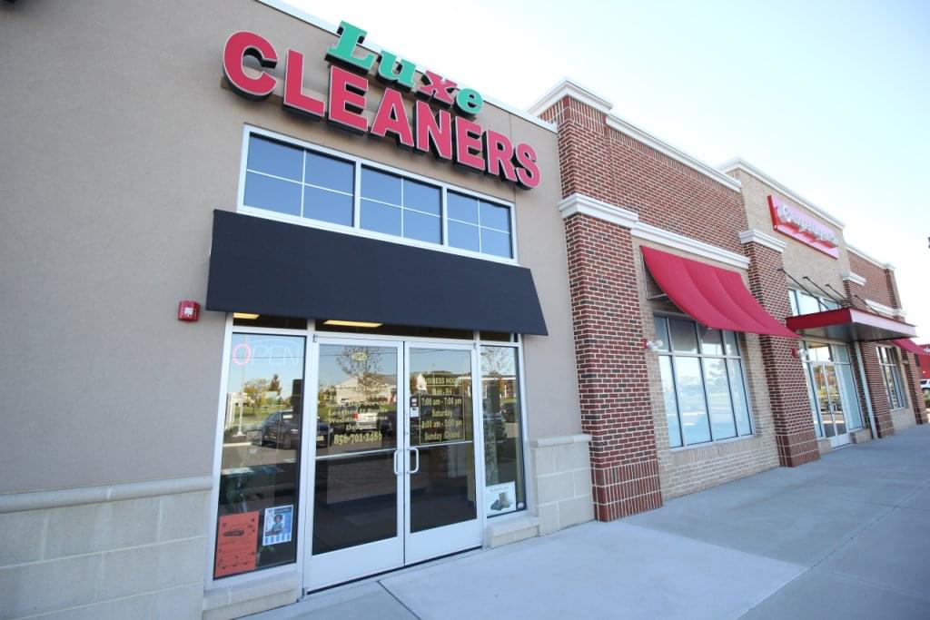 Luxe Cleaners, Sicklerville NJ – See-Inside Dry Cleaner