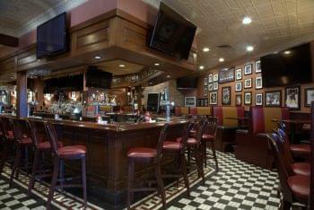 Sylvan Street Grille Restaurant Peabody MA bar