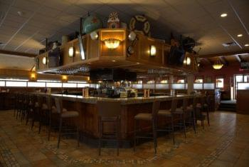 Sylvan Street Grille Restaurant Salisbury MA bar