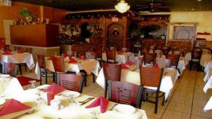 Casa Bella Trattoria Haddonfield, NJ Italian Restaurant seating
